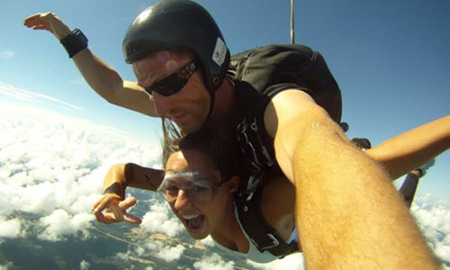 Couples Skydiving: Gifts, Proposals & Weddings