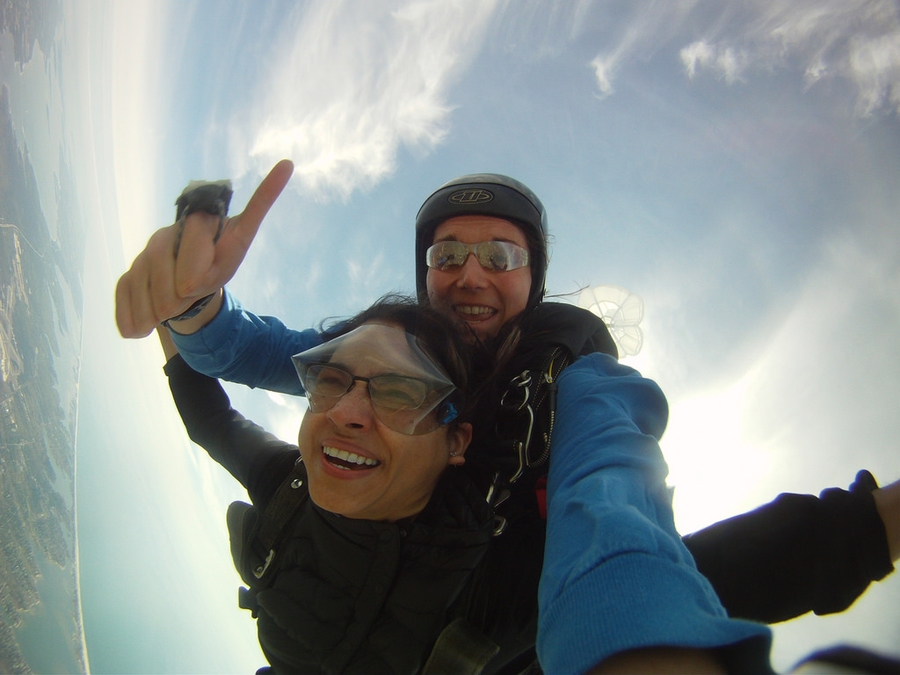 How Fast Do You Fall When Skydiving Tandem?