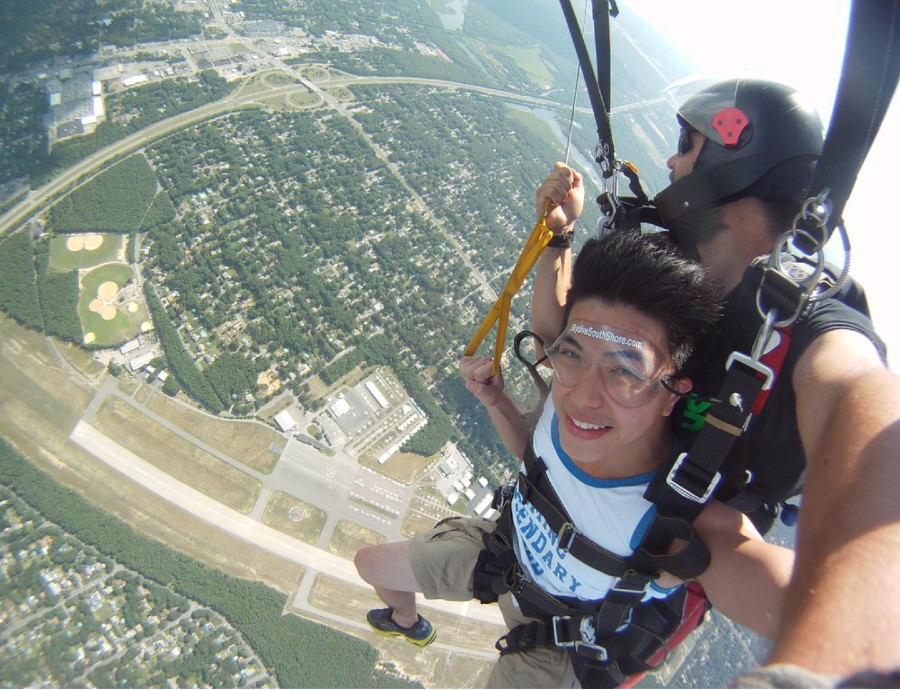 Best Time of Year to Go Tandem Skydiving in New York