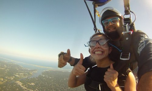 Can You Wear Glasses or Contacts Skydiving? (And Other Important Skydiving Information)