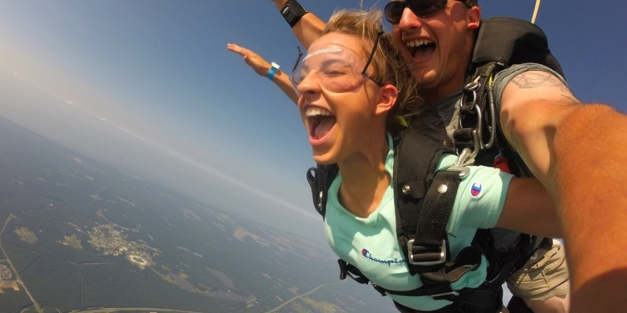 Should You Tip Your Skydiving Instructor?