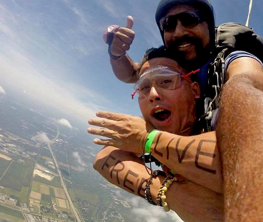 What Every College Student Should Know About Skydiving