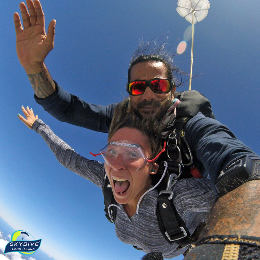 Why Starting Out Tandem Skydiving Is A Good Idea
