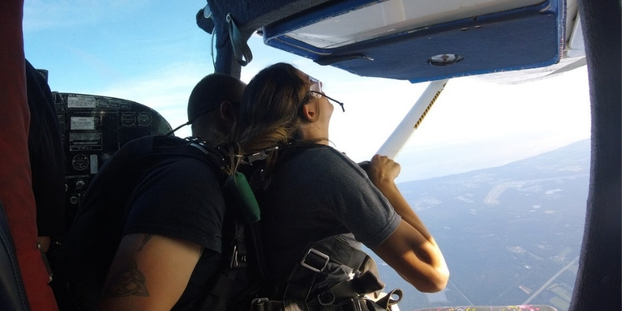 Tipping your Skydive Instructor